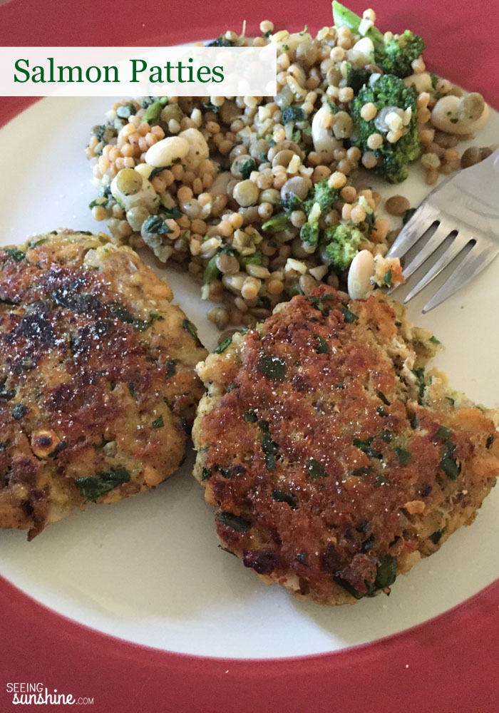 Try these salmon patties that are easy to make, delicious, and super healthy!
